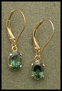 Small Oval Dangle Earring with Green Quartz